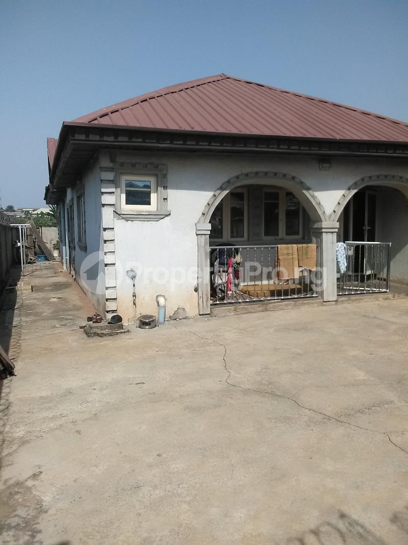 Detached Bungalow House for sale Mosan ipaja shagari extension Alimosho Lagos - 10
