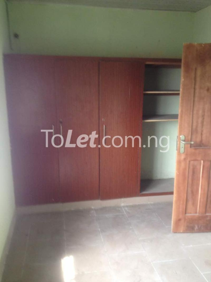 Flat / Apartment for rent Soleye Crescent  Ogunlana Surulere Lagos - 4
