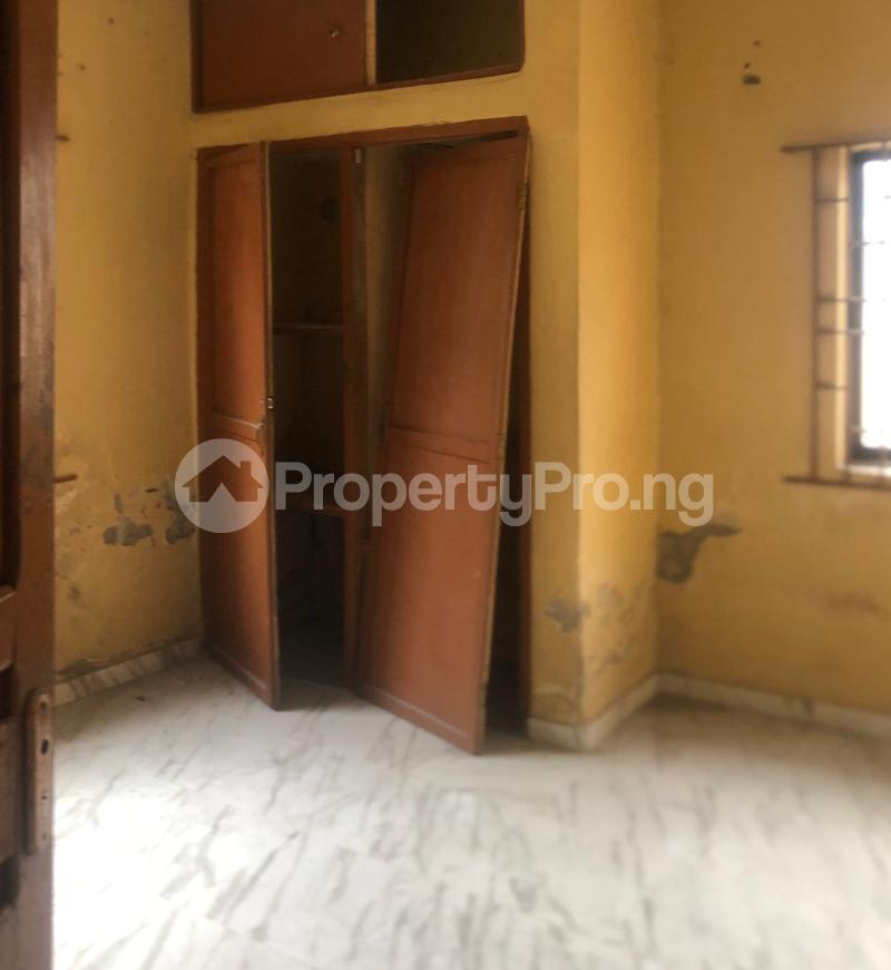 3 bedroom Flat / Apartment for sale Abraham Adesanya  Lekki Phase 2 Lekki Lagos - 11