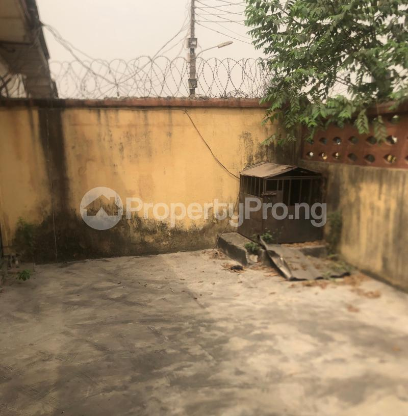 3 bedroom Flat / Apartment for sale Abraham Adesanya  Lekki Phase 2 Lekki Lagos - 6