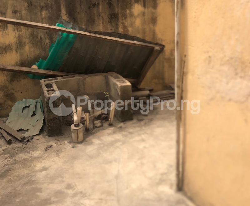 3 bedroom Flat / Apartment for sale Abraham Adesanya  Lekki Phase 2 Lekki Lagos - 16