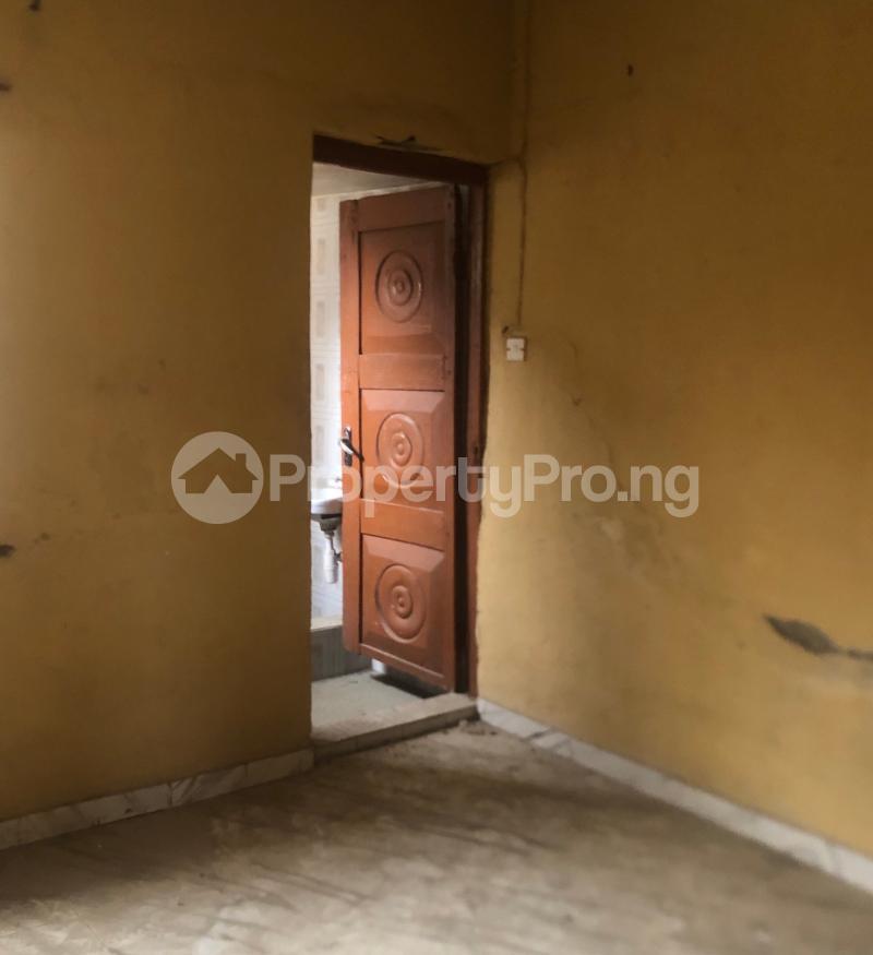 3 bedroom Flat / Apartment for sale Abraham Adesanya  Lekki Phase 2 Lekki Lagos - 10