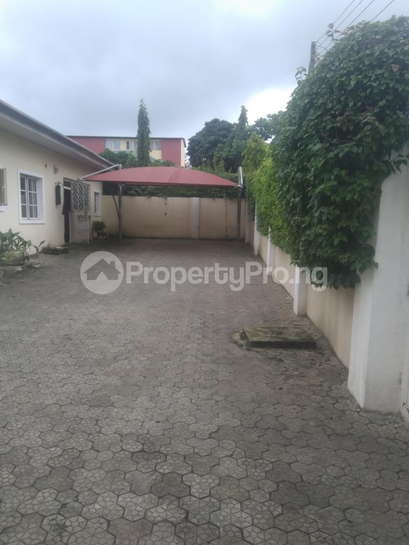 3 bedroom Detached Bungalow House for rent Zone 6 Wuse 1 Abuja - 16