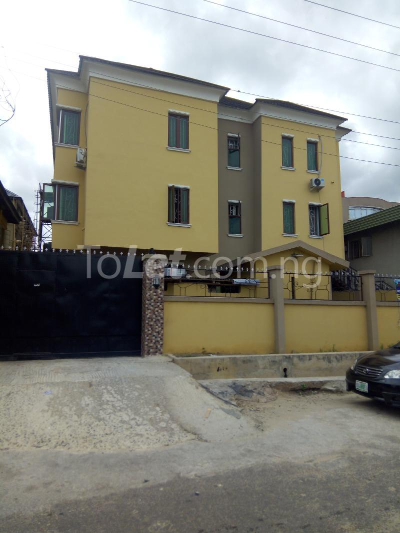 3 bedroom Flat / Apartment for rent Modupe street off Fola Agoro  Shomolu Shomolu Lagos - 0