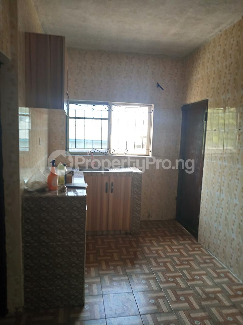 3 bedroom Flat / Apartment for rent Dogo majekodunmi street Soluyi Gbagada Lagos - 1