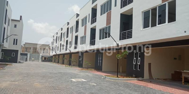 3 bedroom Terraced Duplex House for sale Osapa Osapa london Lekki Lagos - 0