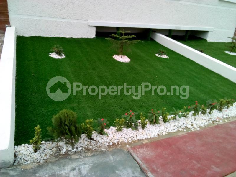 4 bedroom Semi Detached Duplex House for sale Chevy View Estate chevron Lekki Lagos - 3