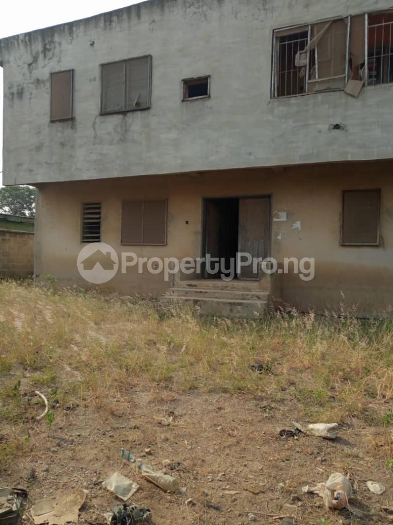 Detached Duplex House for sale Ponle egbeba by bus stop Egbeda Alimosho Lagos - 3