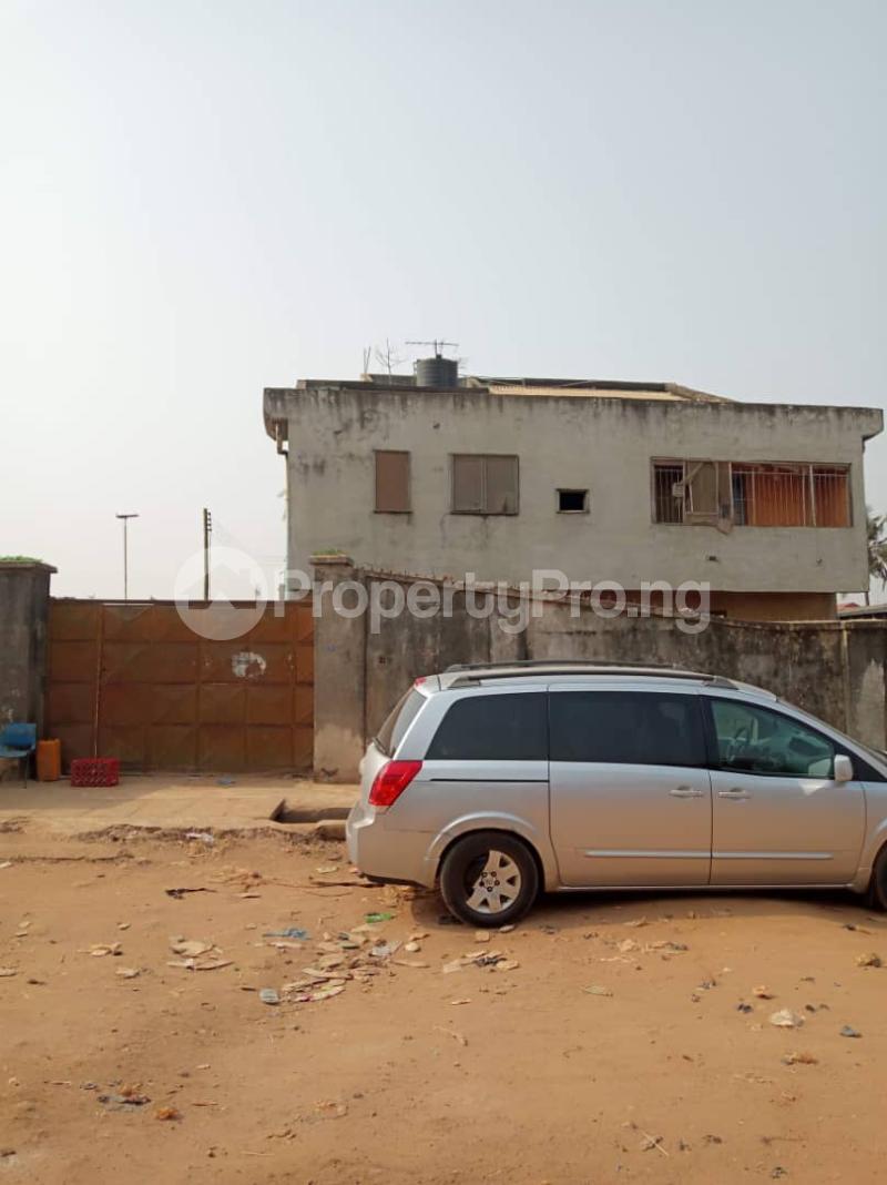 Detached Duplex House for sale Ponle egbeba by bus stop Egbeda Alimosho Lagos - 4