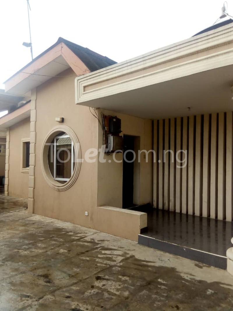 3 bedroom Detached Bungalow House for rent Omole phase 2,  Omole phase 2 Ojodu Lagos - 0