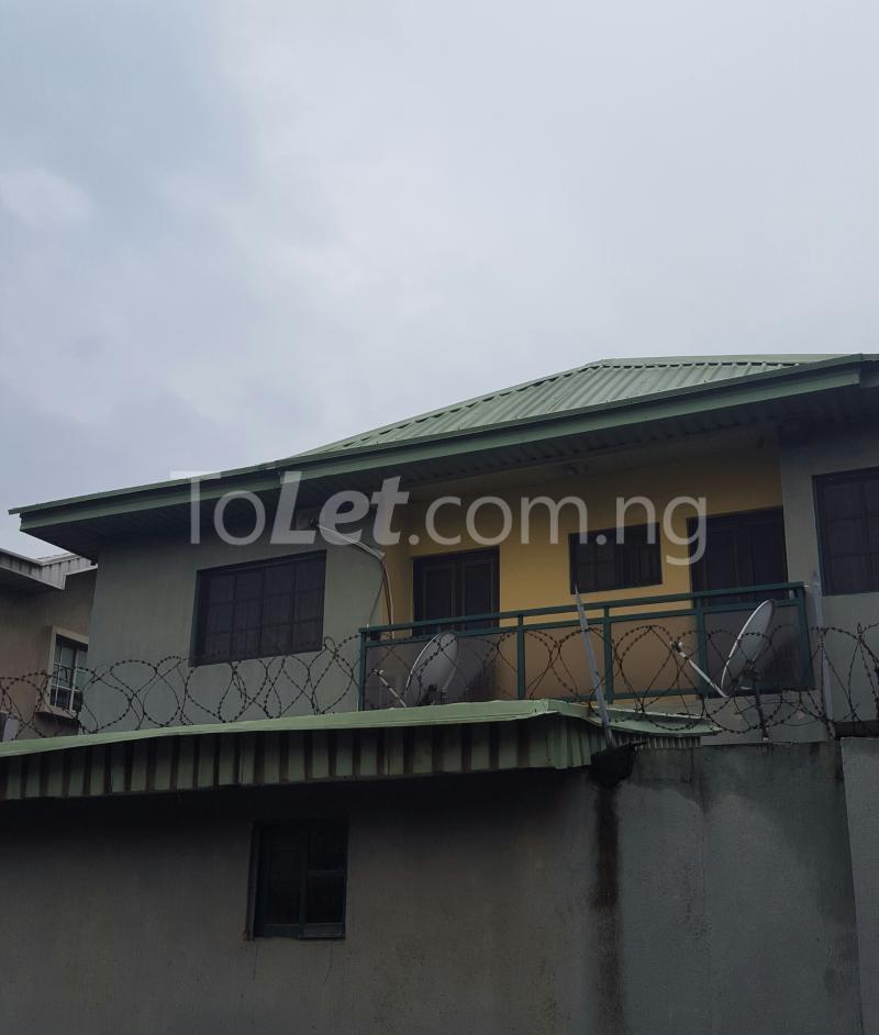 3 bedroom Flat / Apartment for rent Off Adelabu Adelabu Surulere Lagos - 0