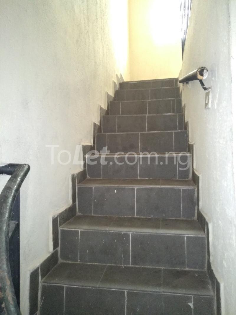 3 bedroom House for rent Akinola Street Fadeyi Shomolu Lagos - 5