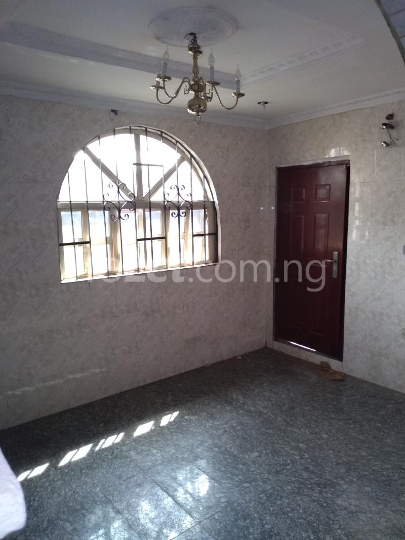 3 bedroom House for rent Akinola Street Fadeyi Shomolu Lagos - 1