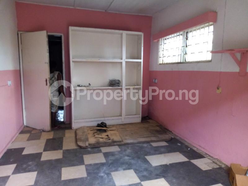 Shop Commercial Property for rent Off oshuntokun street, Ondo street Bodija Bodija Ibadan Oyo - 0
