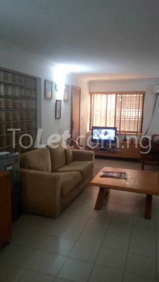 3 bedroom Flat / Apartment for rent 1a, Al Shonny Court  Shonibare Estate Maryland Lagos - 2
