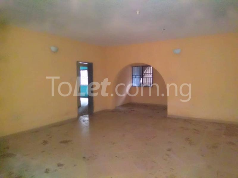 3 bedroom Flat / Apartment for rent Off Enoma Junction Ago palace Okota Lagos - 2