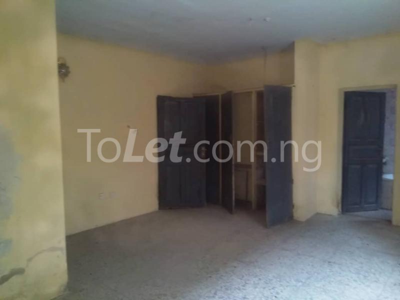 3 bedroom Flat / Apartment for rent Off Enoma Junction Ago palace Okota Lagos - 4