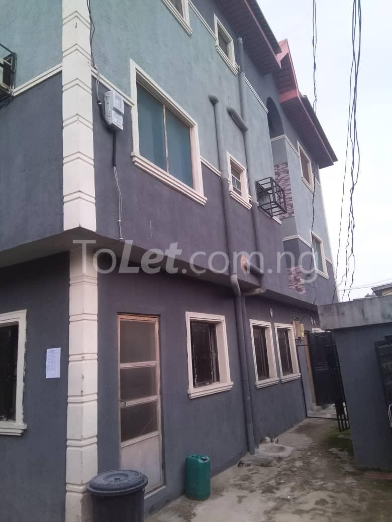 3 bedroom Flat / Apartment for rent Off Enoma Junction Ago palace Okota Lagos - 9