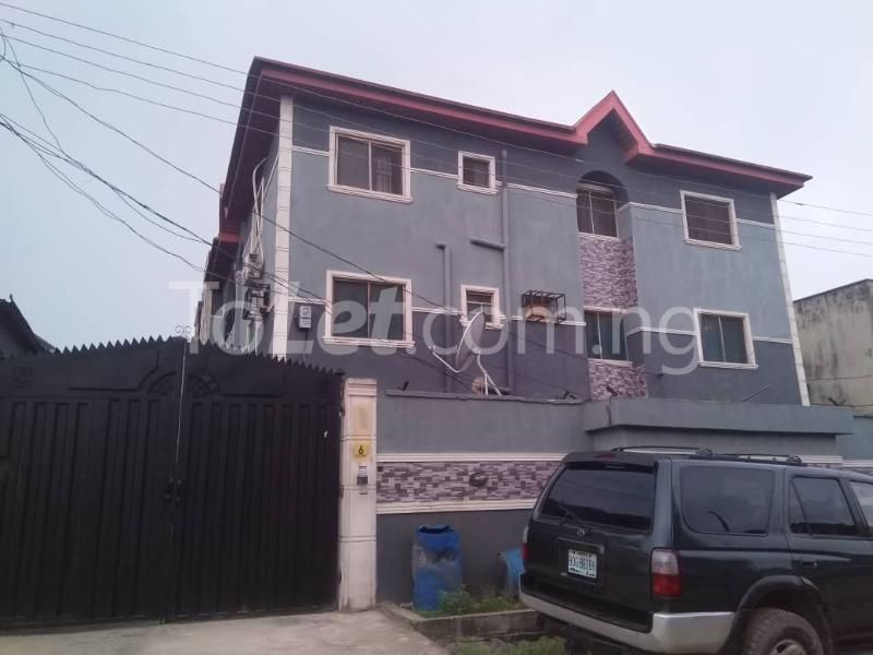 3 bedroom Flat / Apartment for rent Off Enoma Junction Ago palace Okota Lagos - 0