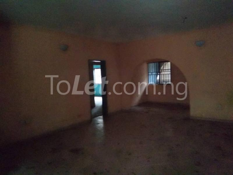 3 bedroom Flat / Apartment for rent Off Enoma Junction Ago palace Okota Lagos - 3