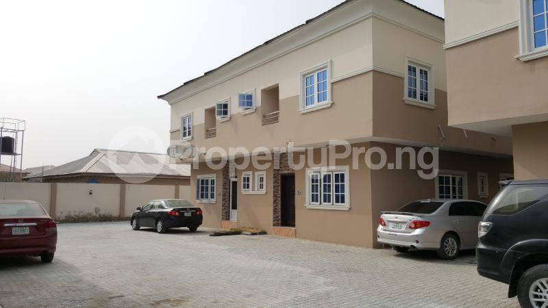4 bedroom Semi Detached Duplex House for sale Beacon Court Igbo-efon Lekki Lagos - 3