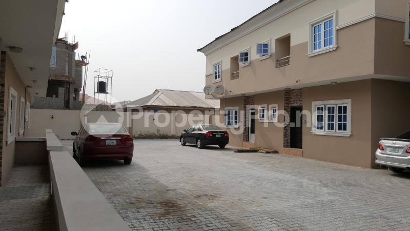 4 bedroom Semi Detached Duplex House for sale Beacon Court Igbo-efon Lekki Lagos - 10
