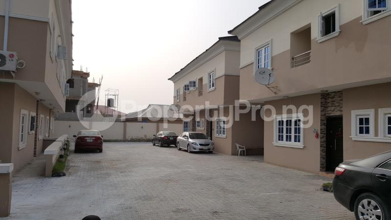 4 bedroom Semi Detached Duplex House for sale Beacon Court Igbo-efon Lekki Lagos - 4