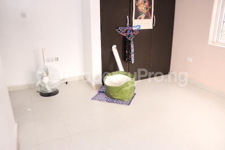 3 bedroom Flat / Apartment for rent Thera Annex Estate Ajah Lagos - 19