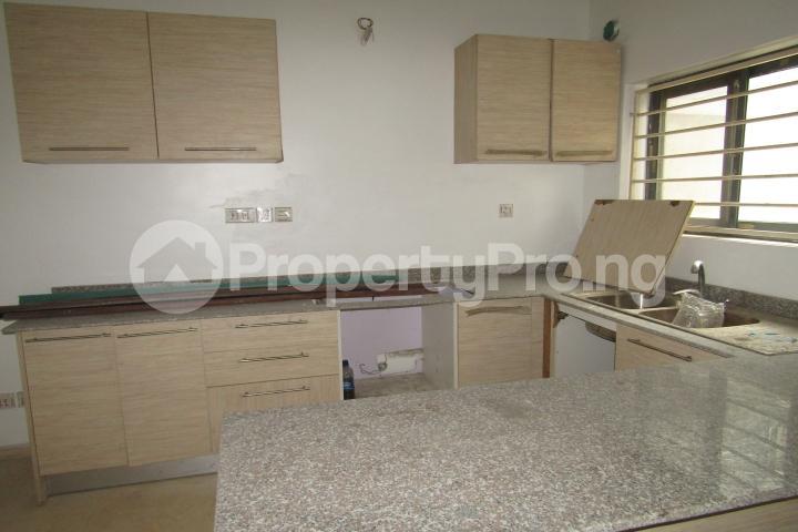 5 bedroom Terraced Duplex House for sale Lekki Phase 1 Lekki Lagos - 5