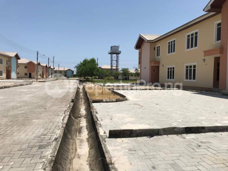 3 bedroom Semi Detached Bungalow House for sale Abijo GRA, Off Lekki-Epe Expressway, Ajah, Lagos Abijo Ajah Lagos - 6