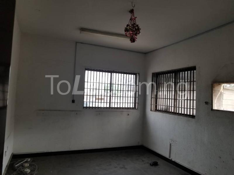 Commercial Property for rent ikorodu road, Onipanu Shomolu Lagos - 2