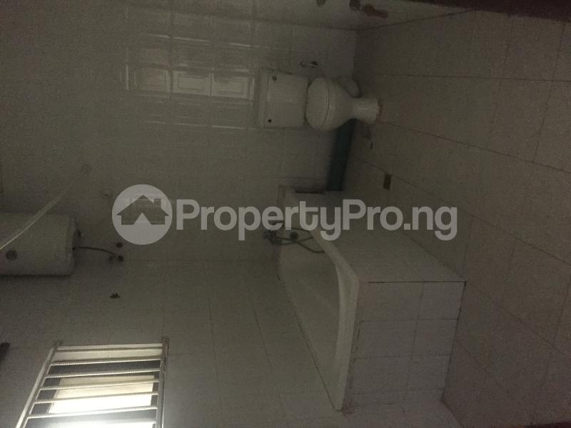 1 bedroom mini flat  Studio Apartment Flat / Apartment for rent Adebisi popoola off Victoria arobiek lekki  Lekki Phase 1 Lekki Lagos - 6