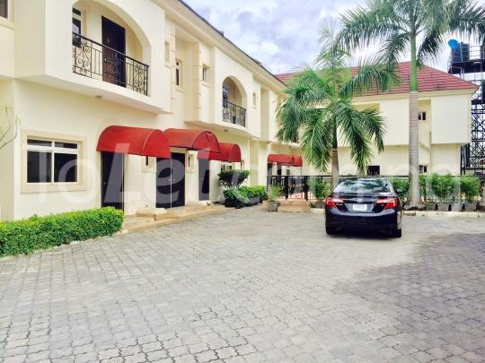 3 bedroom Flat / Apartment for rent - Banana Island Ikoyi Lagos - 2