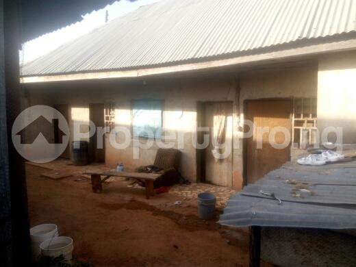 2 bedroom Commercial Property for sale oil village ,mahuta new extension Kaduna South Kaduna - 2
