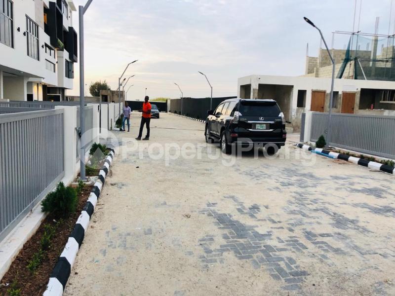 5 bedroom Semi Detached Duplex House for sale Banana island, Ikoyi Lagos - 12