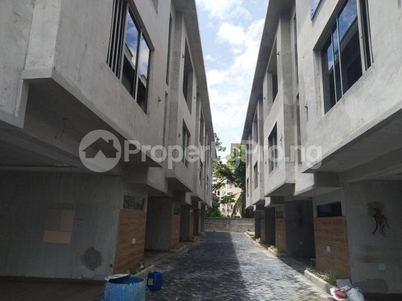 4 bedroom Terraced Duplex House for sale Victoria Island Lagos - 6