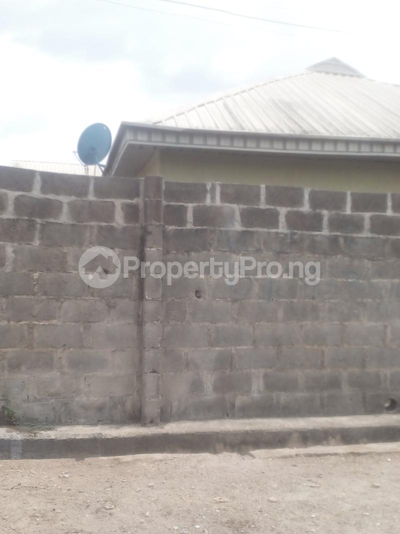 6 bedroom Terraced Bungalow House for sale Peace avenue evergreen estate aboru iyana ipaja lagos Ipaja road Ipaja Lagos - 4