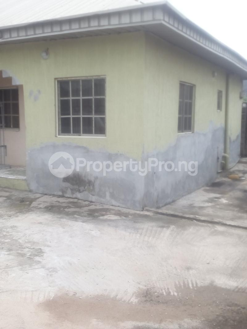 6 bedroom Terraced Bungalow House for sale Peace avenue evergreen estate aboru iyana ipaja lagos Ipaja road Ipaja Lagos - 2