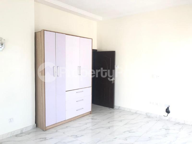 4 bedroom Terraced Duplex House for rent Cole nwafor street orchid road,  chevron Lekki Lagos - 3