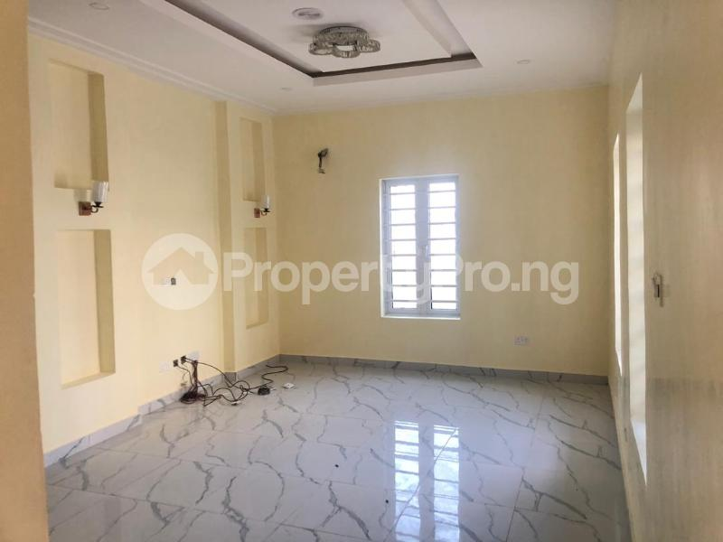 4 bedroom Terraced Duplex House for rent Cole nwafor street orchid road,  chevron Lekki Lagos - 1