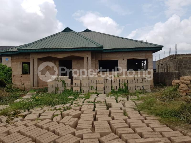 5 bedroom Detached Bungalow House for sale Ward 2B Amagba Village Oredo Edo - 0