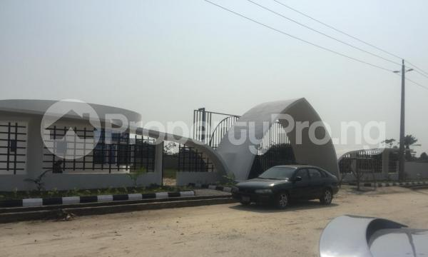 4 bedroom Show Room Commercial Property for sale Abijo Gra, Ajah, Lagos Coker Road Ilupeju Lagos - 3