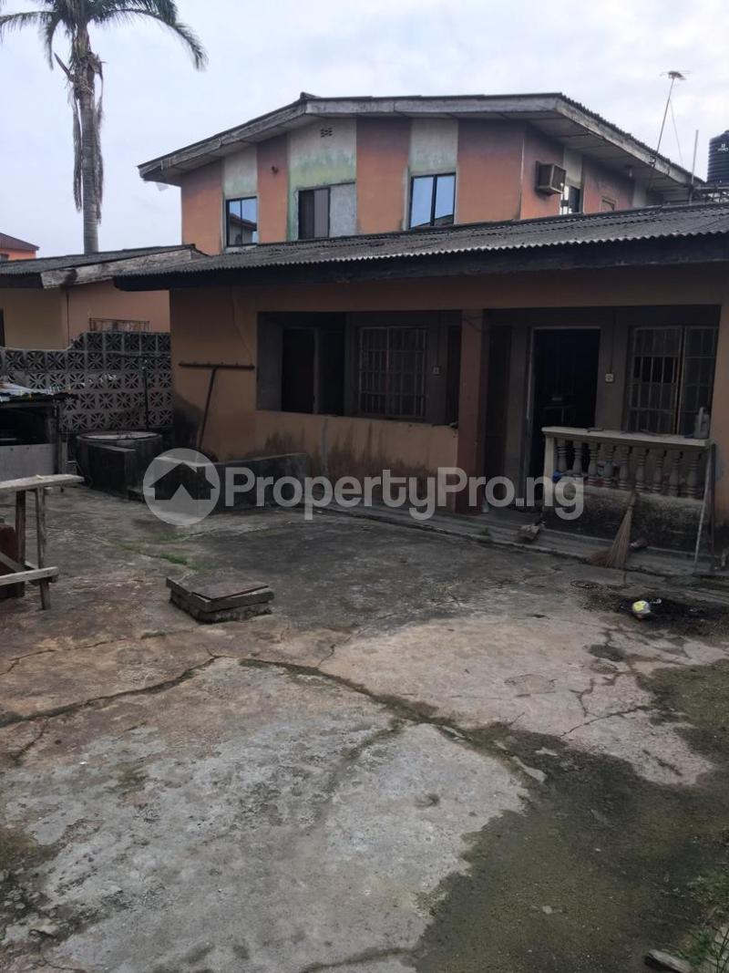 5 bedroom Blocks of Flats House for sale ---- Satellite Town Amuwo Odofin Lagos - 3