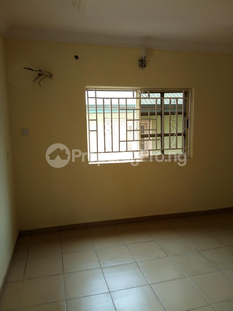 3 bedroom Terraced Duplex House for sale Oluyomi Osikoya Close, Magodo GRA Phase 2 Magodo Kosofe/Ikosi Lagos - 5
