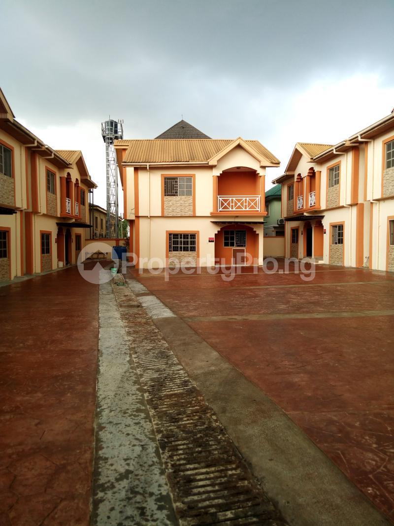 3 bedroom Terraced Duplex House for sale Oluyomi Osikoya Close, Magodo GRA Phase 2 Magodo Kosofe/Ikosi Lagos - 9