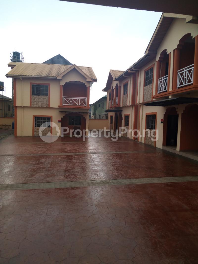3 bedroom Terraced Duplex House for sale Oluyomi Osikoya Close, Magodo GRA Phase 2 Magodo Kosofe/Ikosi Lagos - 0