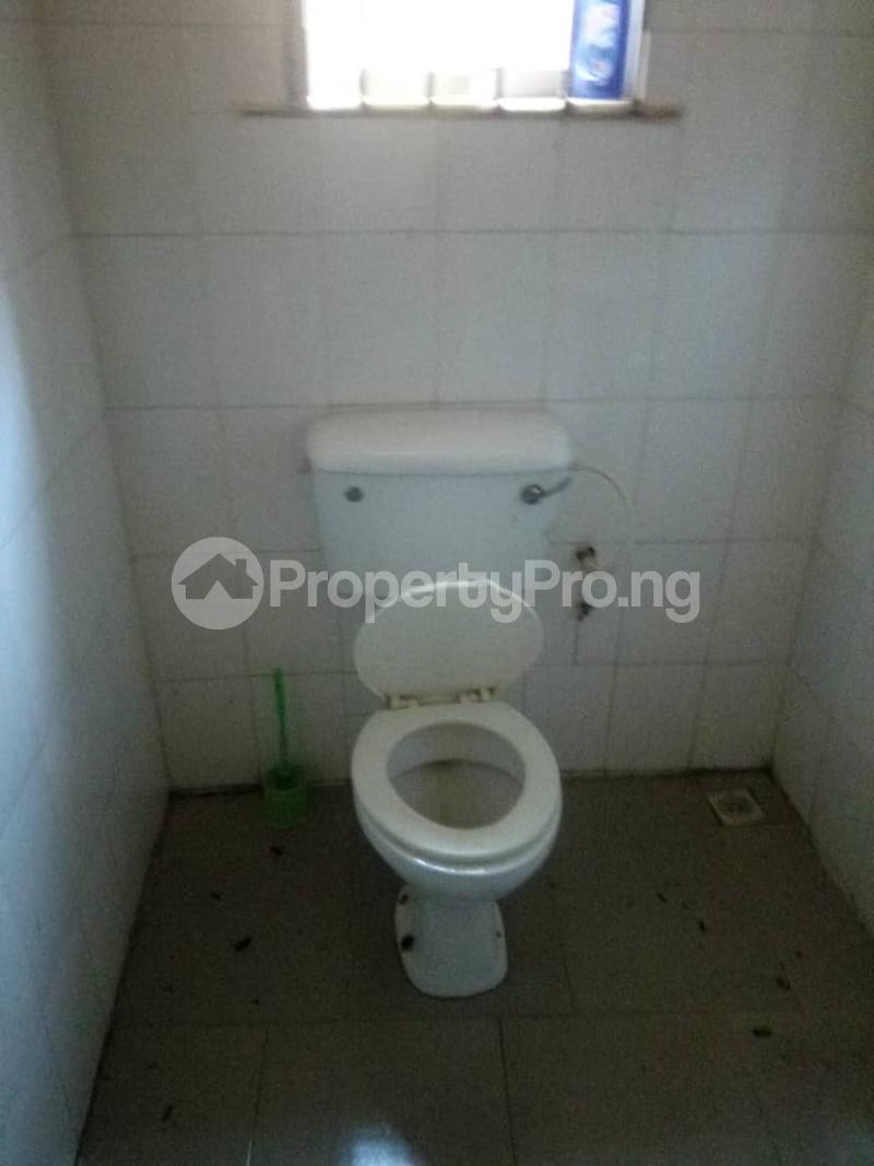 2 bedroom Flat / Apartment for rent Araromi Igando Ikotun/Igando Lagos - 5