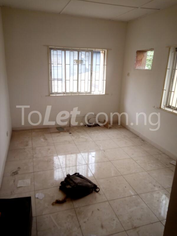 3 bedroom Flat / Apartment for rent James Robertson street Ogunlana Surulere Lagos - 7