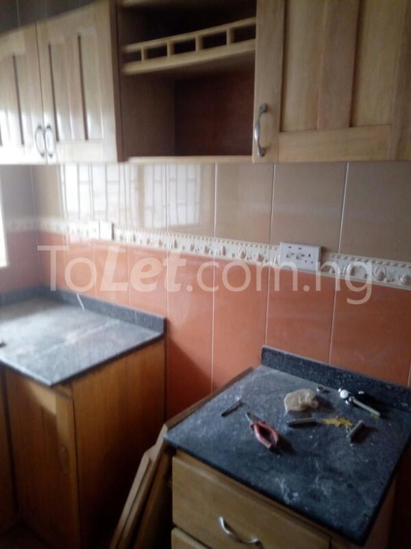 3 bedroom Flat / Apartment for rent James Robertson street Ogunlana Surulere Lagos - 3