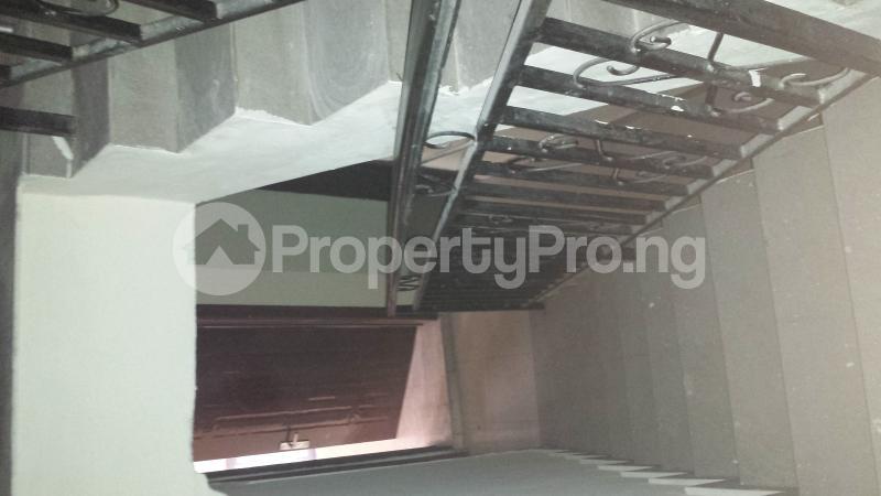 5 bedroom House for rent Medina Estate Atunrase Medina Gbagada Lagos - 4